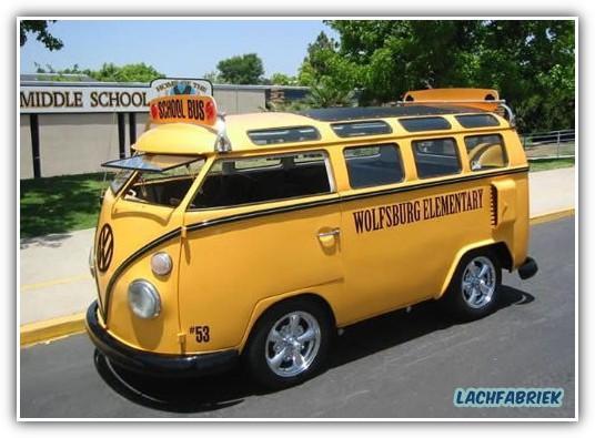 20090319_190252_gepimpte-schoolbus